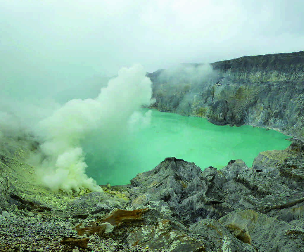 ijen honeymoon